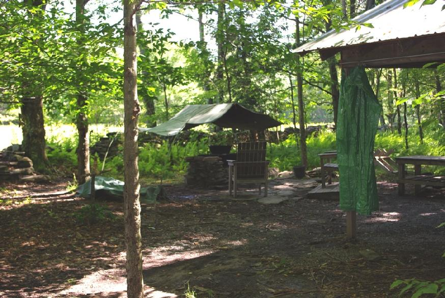 874_Eagle_II_dining_shelter_and_cooking_area
