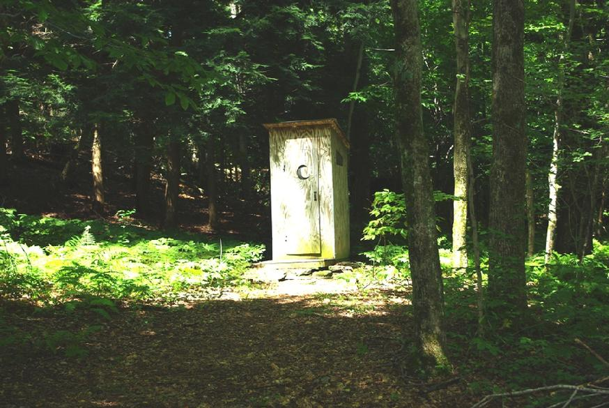 874_dt-outhouse