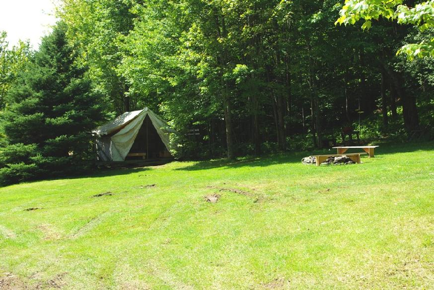 874_ovr-near-tent-far