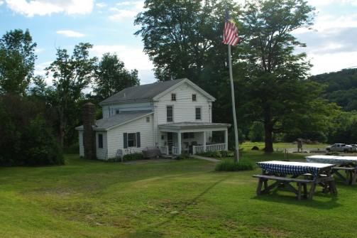 Farmhouse_1
